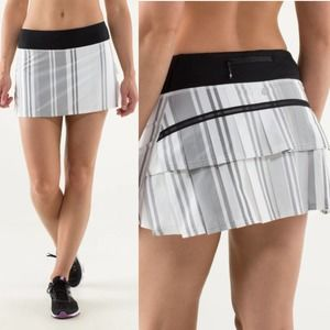 Lululemon Run: Pace Setter Skirt Groovy Stripe